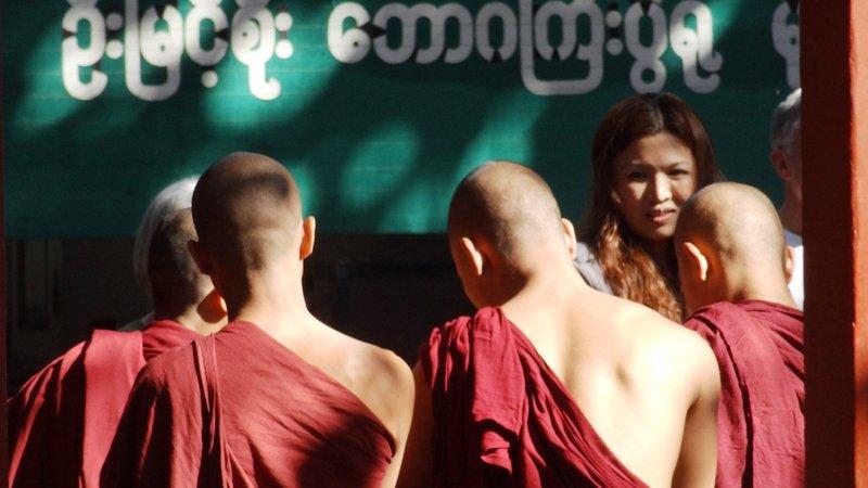 Mönche in Mandalay