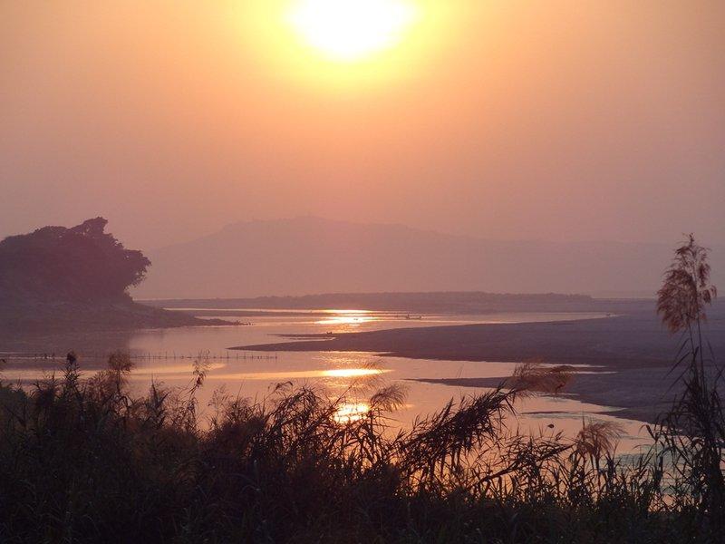Sonnenuntergang über dem Ayeyarwady