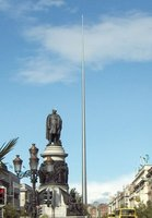 The amazing and odd needle in O'Connel Square