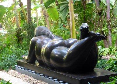 Botero_sculpture.jpg