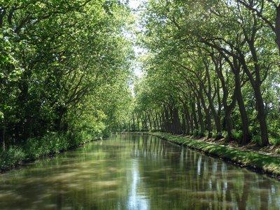Canal_du_Midi.jpg