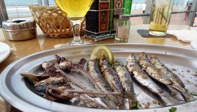 Fresh_sardines.jpg