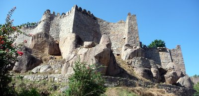 Golconda_Fort_Walls.jpg
