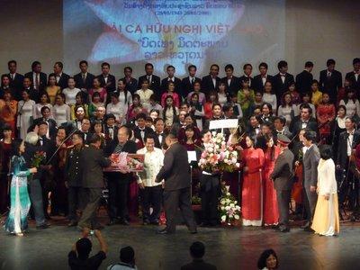 HCM_Orches..d_choir.jpg