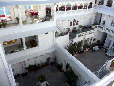 Jagat_Niwas_Hotel.jpg