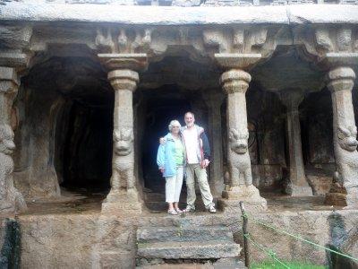Jim_and_Sh.._temple.jpg