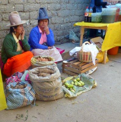 Market_ladies.jpg