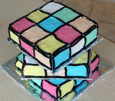 Rubik_Cube_Cake.jpg