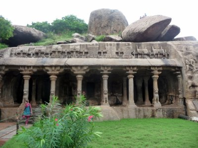 Temple_at_..lapuram.jpg