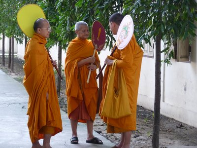 Thai_Monks.jpg