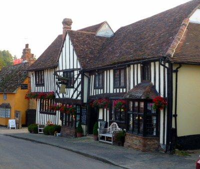 Tudor_houses.jpg