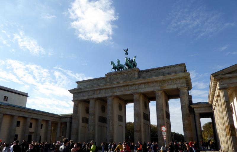 large_Brandenburg_Gate.jpg