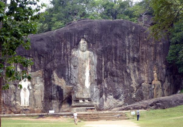 large_Buddhas.jpg