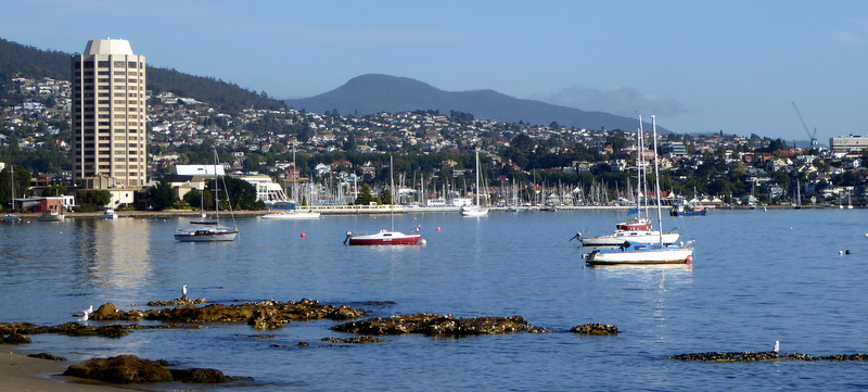 large_Hobart_Harbour.jpg