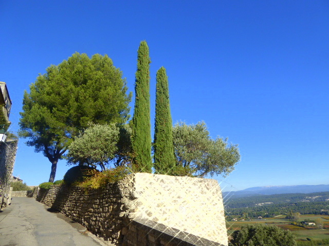 large_Luberon_Colours_3.jpg