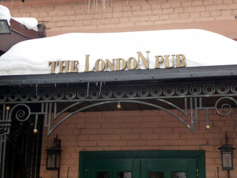 London Pub sign