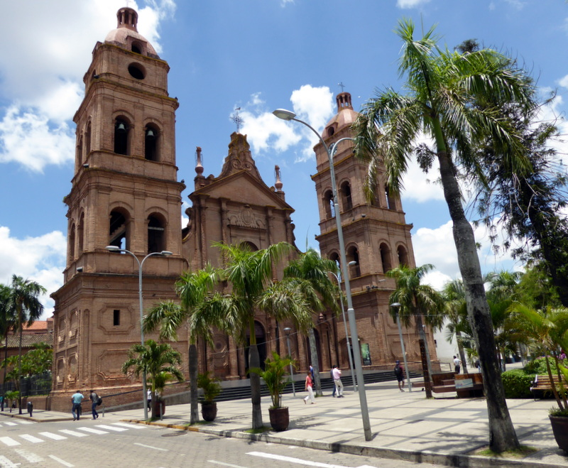 large_Santa_Cruz_cathedral.jpg