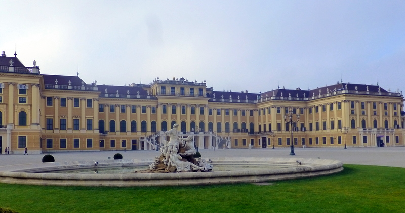 large_Schonbrunn_Palace.jpg
