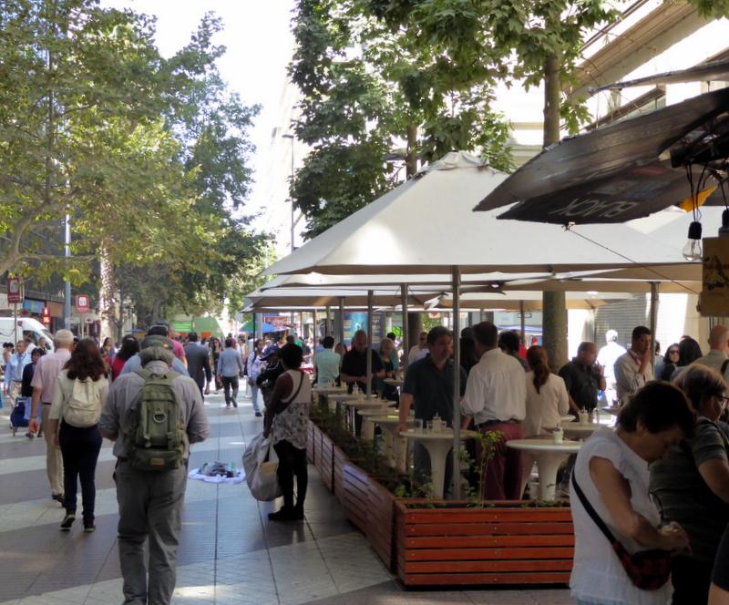 large_Street_cafe.jpg