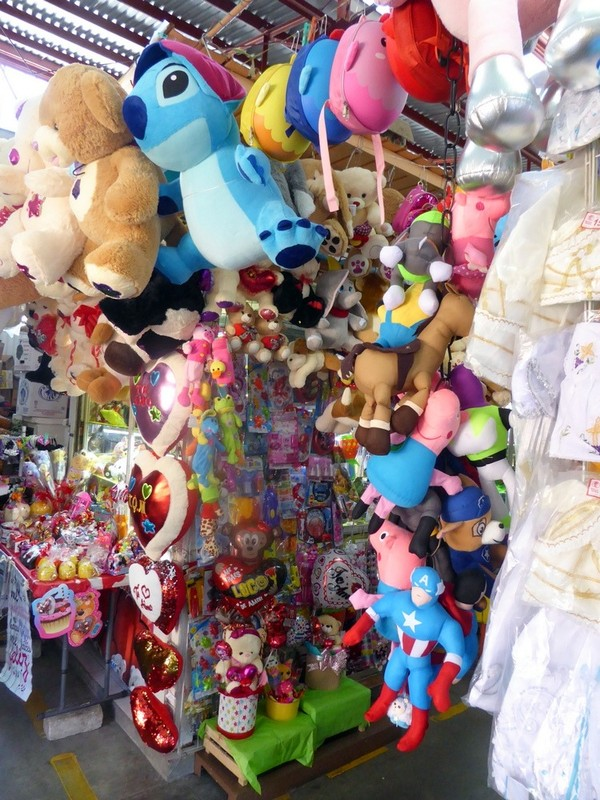 large_Toys.JPG