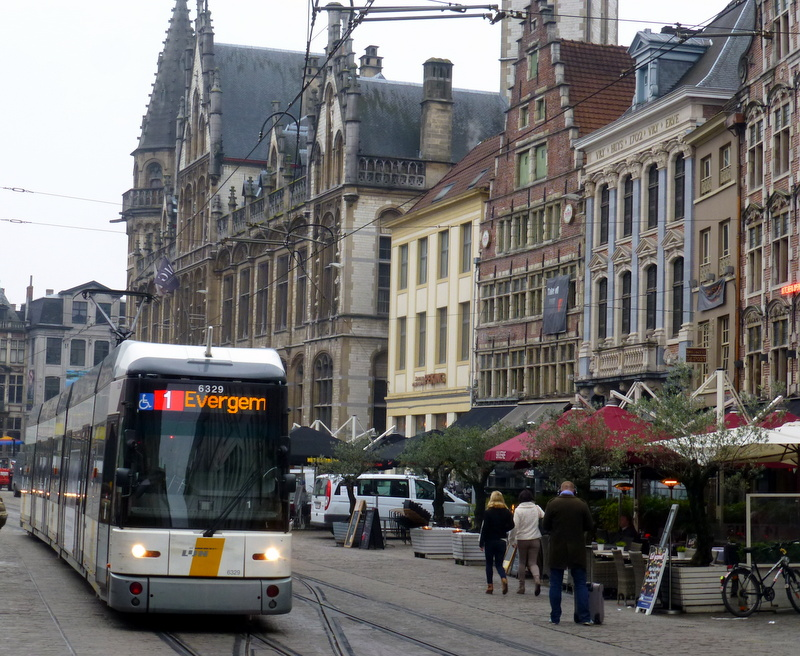 large_Tram_in_market_square.jpg