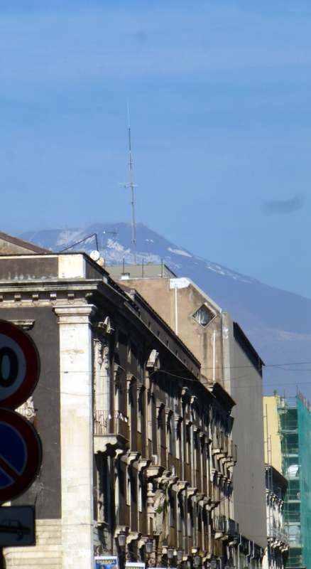 large_View_of_Mt_Etna.jpg