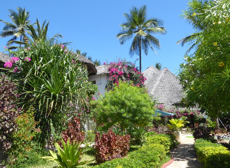 large_Villa_Kiva_Garden.jpg