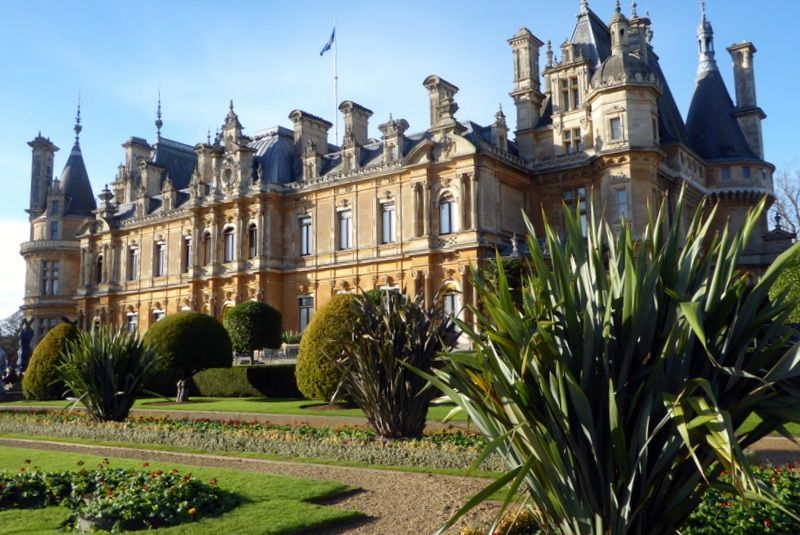 large_Waddesdon_Manor.jpg