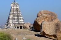 37Rock_and_temple_Hampi.jpg