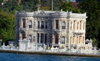 Bosphorus_chateau.jpg