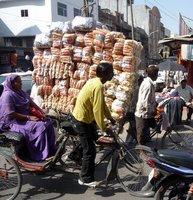 Overloaded_rickshaw.jpg
