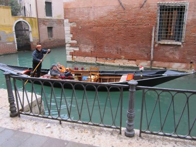 The only gondolier we actually heard singing!