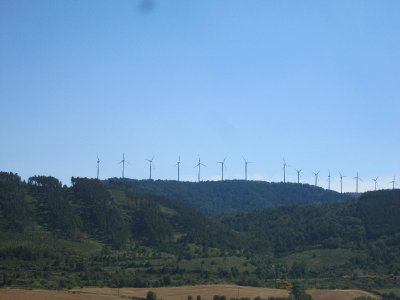 Lots of windpower in N Spain although La Mancha is much further south!
