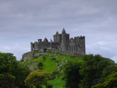 rock-of-cashel_1_.jpg