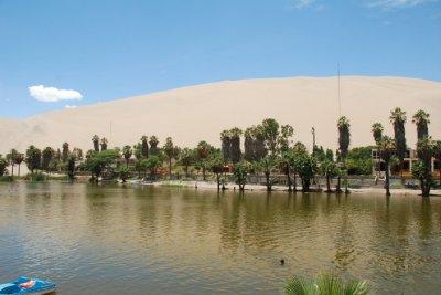 Huacachina.jpg