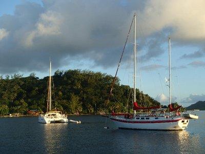 Boats in Bora Bora 2