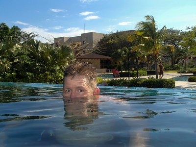 Curt in the infinity pool