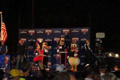 Disney characters starting the half marathon