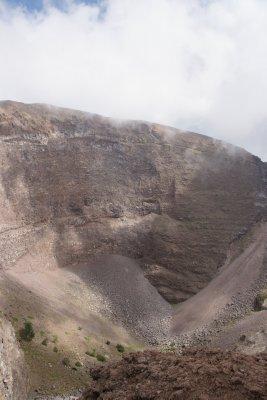 hole of vesuvius