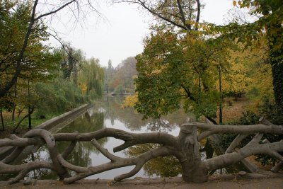 wood bridge in bucharest