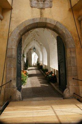 pena palace walkway