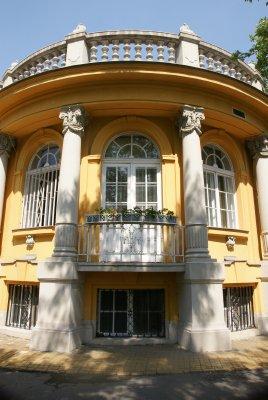 outside of Szechenyi  Baths