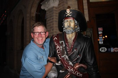 Curt loves pirates