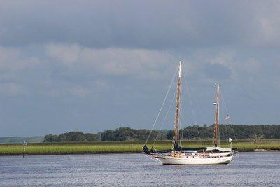 Boat enjoying the morning