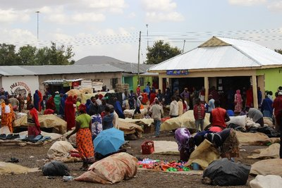 Masai market day