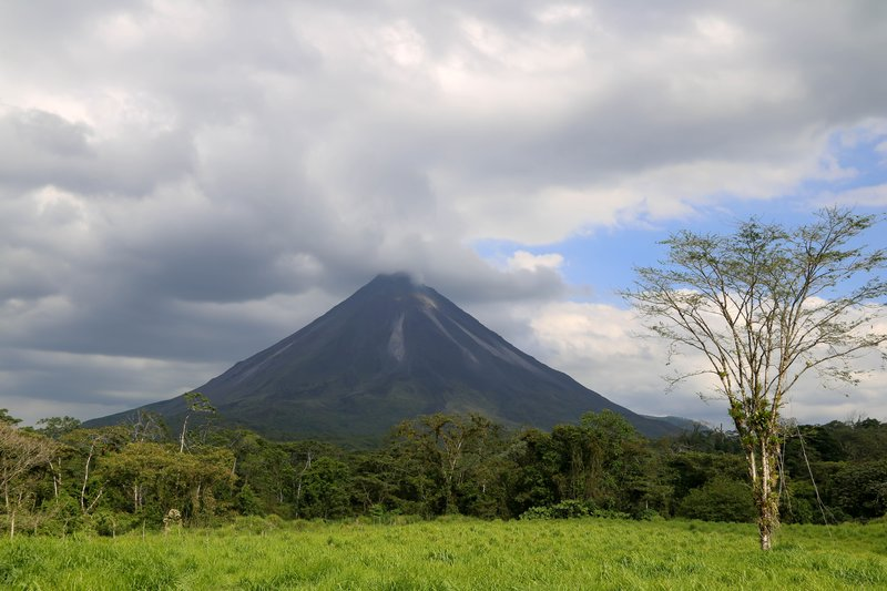 large_Arenal_Volcano.jpg