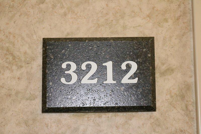 large_Lexington_room_number.jpg