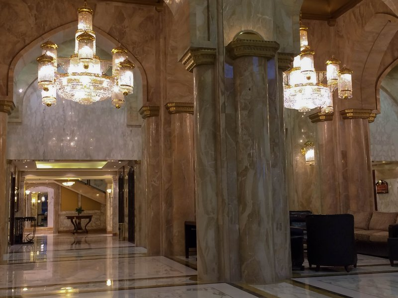 large_Sheraton_hotel_lobby.jpg
