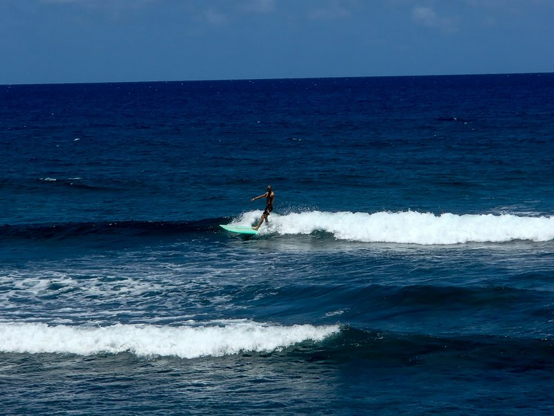 large_Surfer_tha..us__1_of_1_.jpg