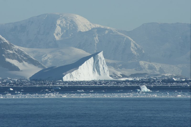 sharp iceberg